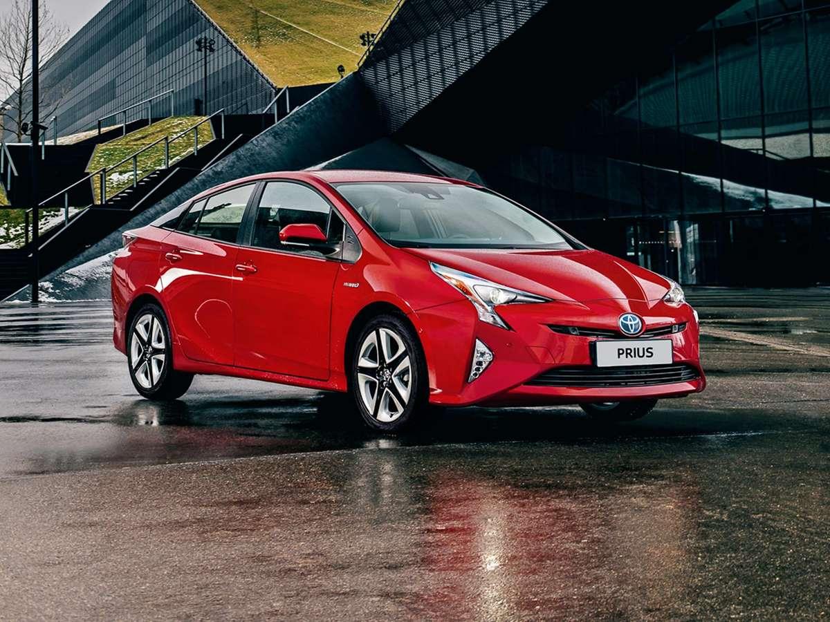 Toyota prius  - full image