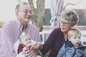 Być babcią, dziadkiem to radość i szczęście