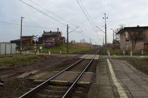Koniec zimy na remontowanej linii kolejowej Ostrowite-Jamielnik [FILM]