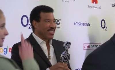 Lionel Richie i Mariah Carey przesunęli trasę koncertową