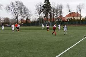 Młodzież z Akademii Piłkarskiej Ostróda słabo rozpoczęła wiosnę