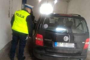 Auto skradziono w Niemczech, tablice w Olsztynie. Mężczyzna z bańką zatrzymany