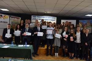 Młodzież z ZSP nr 2 zorganizowała konkurs wiedzy o Konstytucji