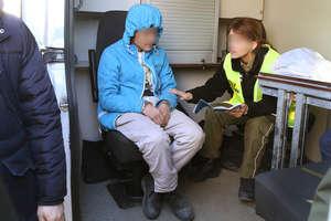 Uchodźca z Afganistanu znaleziony w naczepie TIR-a w Olsztynie
