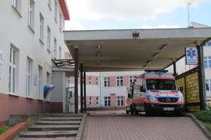 Nikt w szpitalu nie zauważył zawału. Wypuścili kobietę do domu, gdzie zmarła
