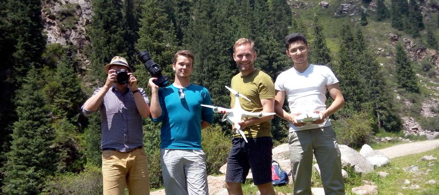 Съемочная команда в Григорьевском ущелье, Кыргызстан