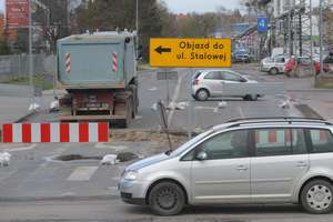 Zamknięty wylot Stalowej zakorkował przemysłową część miasta