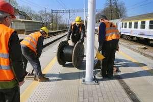 Miliony złotych na perony i stacje kolejowe w naszym regionie