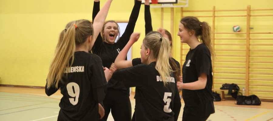 Siatkarską ligę kobiet w Bartoszycach w sezonie 2016/2017 wygrał Olimpiakos