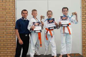 Węgorzewscy karatecy z podwójnym złotem i brązem