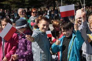 Dzień Flagi RP i Święto Konstytucji 3 Maja w Bartoszycach [FILM I ZDJĘCIA]