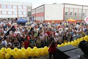 VII Miejsko-Powiatowy Rodzinny Festyn Caritas z okazji Dnia Dziecka [film, zdjęcia]
