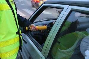 Pijany kierowca zatrzymany przez oleckich policjantów