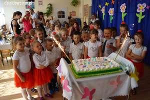 Sześciolatki pożegnały się z przedszkolem [film, zdjęcia]