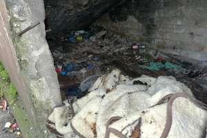 Śmierć w Domu Weterana. Nie żyją obaj bezdomni, którzy ucierpieli w pożarze