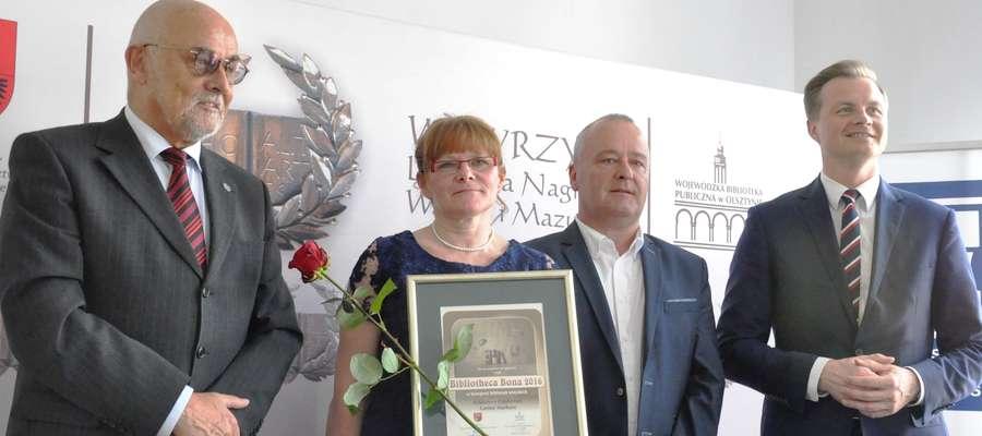 """Tytuł """"Bibliotheca Bona"""" przyznawany jest przez Wojewódzką Bibliotekę Publiczną w Olsztynie"""