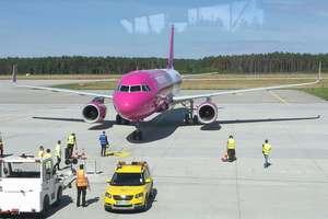 Stutysięczny pasażer wylądował. Jakie plany na przyszłość ma lotnisko Olsztyn-Mazury?