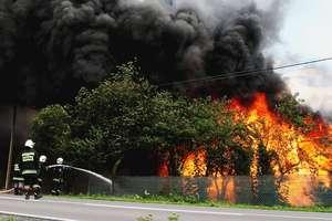Groźne burze na Warmii i Mazurach. W Unieszewie zapalił się budynek