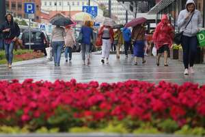 IMGW ostrzega: burze z gradem nad częścią regionu