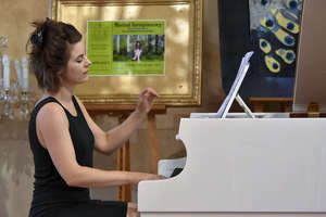 Green Pianist - Basia Drążkowska w Oranżerii Kultury