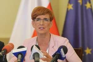 Pracownicy socjalni domagają się podwyżek, a minister Rafalska w Iławie wezwała ich do odwagi