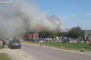 Groźny pożar domu w Płośnicy
