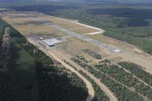 Pas startowy lotniska w Szymanach będzie zabytkiem?