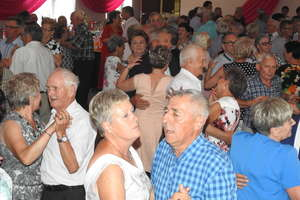 Na tanecznym parkiecie seniorzy pożegnali lato