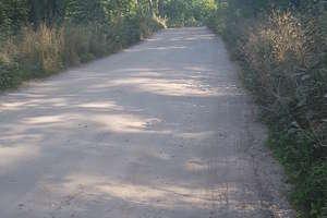 Wraca temat fatalnej drogi do ośrodków w Makowie. Przeczytaj list od Czytelnika i odpowiedź urzędników