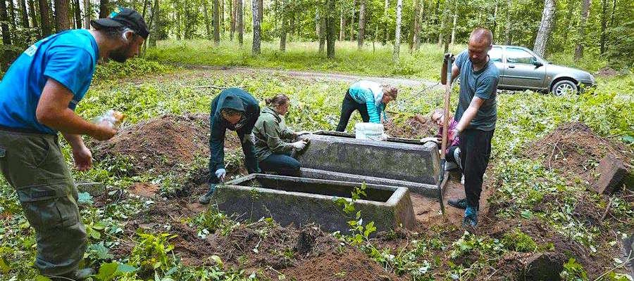 Cmentarz Ewangelicki został uporządkowany w ramach obozu wolontariackiego