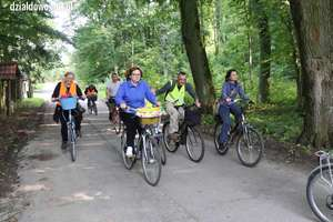 Spotkanie z historią na rowerze [film, zdjęcia]