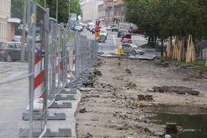 Na przebudowach olsztyńskich ulic na razie cisza i spokój [ZDJĘCIA i WIDEO]