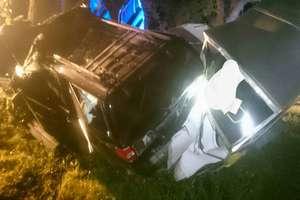 Tragiczny wypadek pod Srokowem. Nie żyją dwie osoby