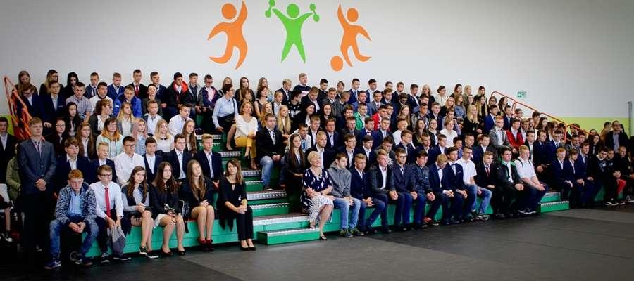 Uczniowie ZSZ w dniu rozpoczęcia roku szkolnego
