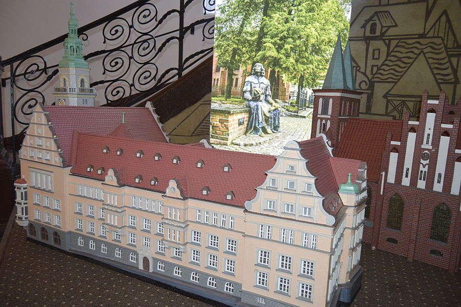 Olsztyńskie zabytki w miniaturze - full image