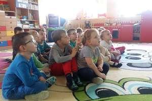 Dzieci z Przedszkola nr 2 w Bartoszycach poznają legendy polskie