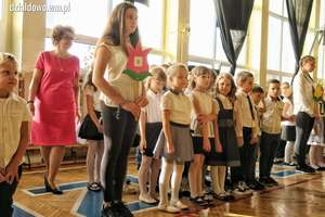Ślubowanie pierwszoklasistów w Szkole Podstawowej nr 3 w Działdowie. Zobacz zdjęcia