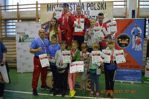Zawodnicy kickboxingu z Jaćwinga Gołdap zdobyli 19 medali