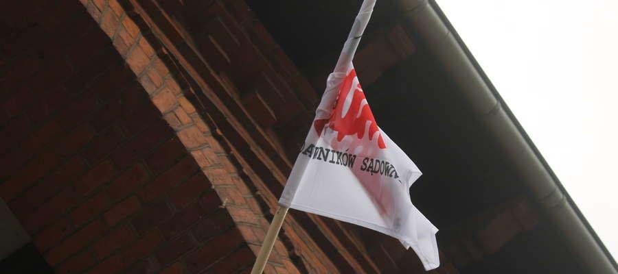 Od dziś do 13 października trwa akcja protestacyjna pracowników sądownictwa do której włączyli się pracownicy SR w Bartoszycach.