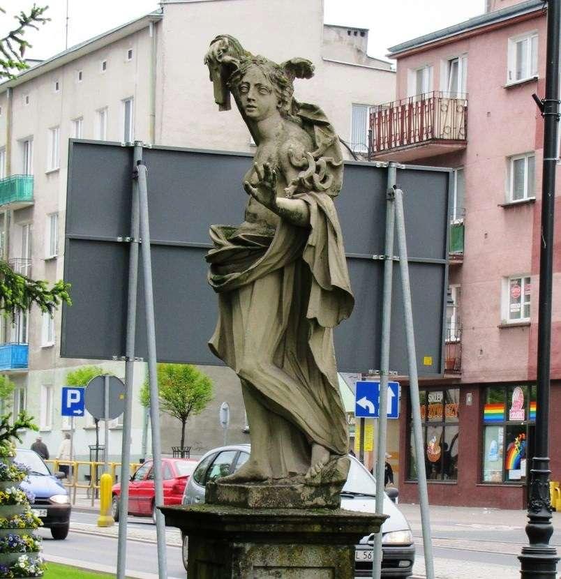 Historia Iławy jest też zapisana w jego zabytkach - full image