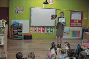 Przedszkolaki z Bezled spotkały się z panią leśnik