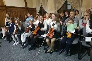 Popis uczniów klasy skrzypiec i wiolonczeli [zdjęcia, film]