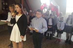 Uczniowie z Żydowa odwiedzili pensjonariuszy DPS w Szczurkowie