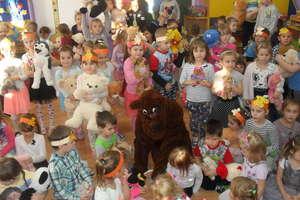 Dzień Pluszowego Misia w przedszkolu w Bisztynku