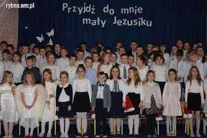 II Koncert Mikołajkowy w Rybnie [zdjęcia]