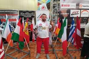 Marek Makarewicz mistrzem świata w trójboju siłowym oraz wyciskaniu sztangi leżąc!!!