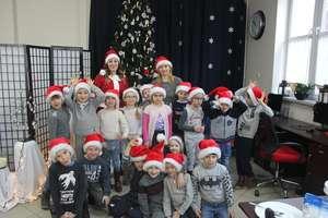 Przedszkolaki ze Świętajna ozdabiały pierniczki