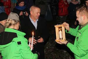 Harcerze przynieśli mieszkańcom Betlejemskie Światło Pokoju