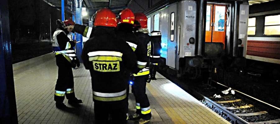 Na miejsce zdarzenia zostały wysłane trzy zastępy straży pożarnej