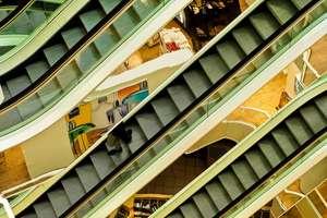 Otwarte galerie handlowe, muzea i galerie sztuki. Co się jeszcze zmienia?
